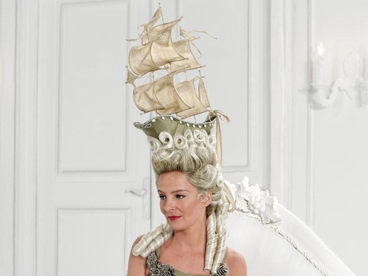 Marie Antoinette Und Ihr La Belle Poule Peruckengestell News